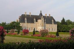 Longue Plaine Castle